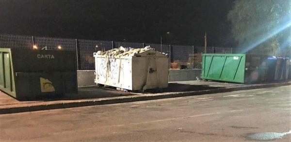 Torre del Greco allontana l'emergenza rifiuti, la Buttol resetta gli ecopunti